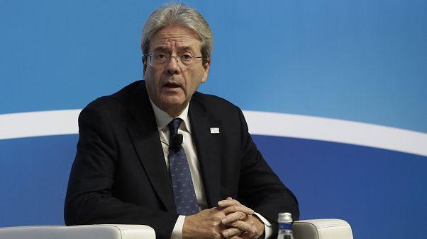 Ο Επίτροπος Οικονομίας, Πάολο Τζεντιλόνι