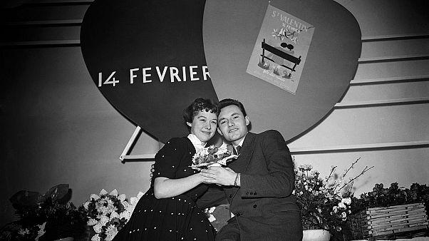 Fransa'da 50'lerde Sevgililer Günü yarışmasını kazanan bir çift