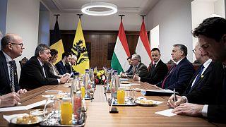 Orbán Viktor és a flamand miniszterelnök találkozója
