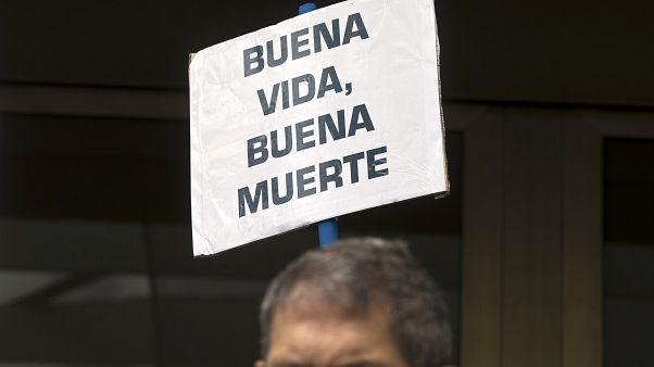 La eutanasia enciende el debate entre los médicos españoles