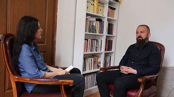 Kayıp Diril çiftinin oğlu İstanbul Keldani Kilisesi Papazı Remzi Diril euronews'e konuştu