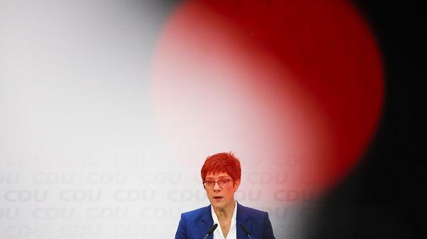 El adiós de AKK y el resultado electoral en Irlanda en el Estado de la Unión