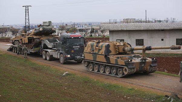 إسقاط مروحية تابعة للنظام السوري بريف حلب والجيش النظامي يتقدم في إدلب