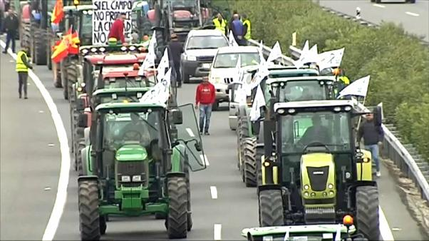 Agricultores espanhóis em protesto nas ruas do país