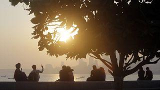 تطبيقات هندية للعازبين الراغبين ببعض الخصوصية في مغامراتهم العاطفية