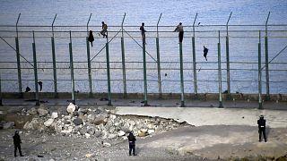 سبتة  مهاجرون