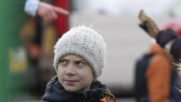 Milhares de jovens com Greta Thunberg na marcha pelo clima