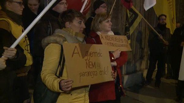 Tiltakozás a Nemzeti Alaptanterv ellen