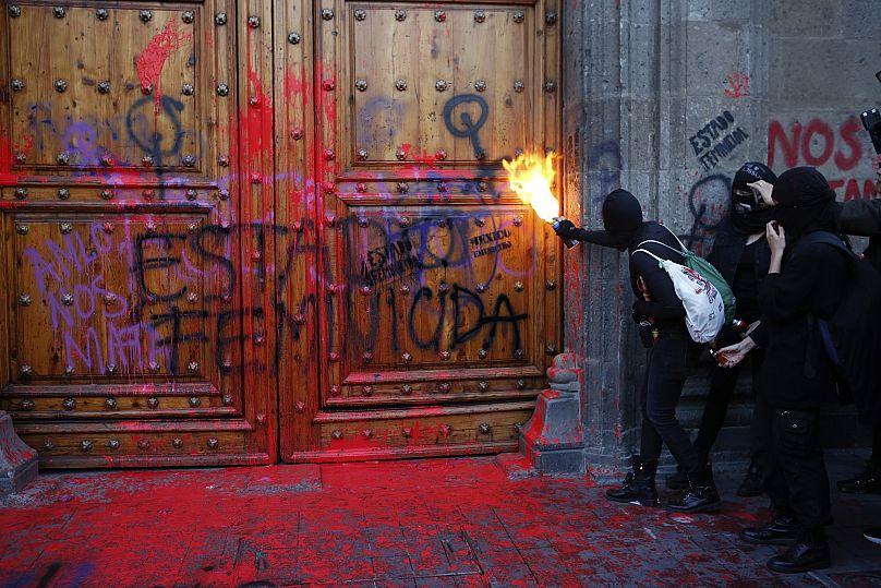 Ginnette Riquelme / AP