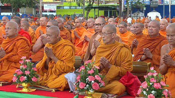 Thailand: Mönche gedenken der Opfer des Amoklaufs