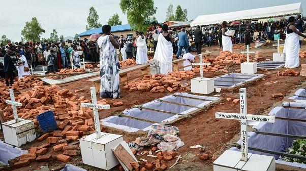 Burundi'de toplu mezar