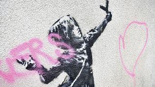 Regno Unito: imbrattato il murale di Banksy