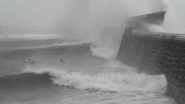 Tempesta Dennis: allarme rosso in Galles