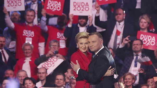 Presidente polaco lança oficialmente campanha para as eleições