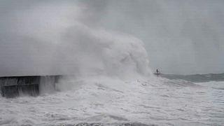 El temporal Dennis inunda regiones del Reino Unido