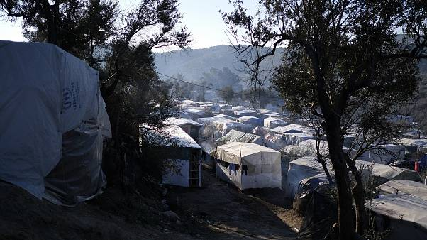 """Μεταναστευτικό: """"Παγώνουν"""" για μια εβδομάδα οι επιτάξεις εκτάσεων στα νησιά"""