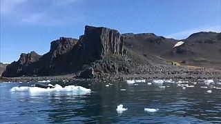 ارتفاع قياسي للحرارة في القطب الجنوبي يثير القلق بشأن ارتفاع مستوى مياه المحيطات