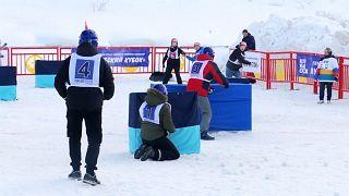 Rusya'da Japonların meşhur kar topu savaşı 'Yukigassen' turnuvası düzenlendi