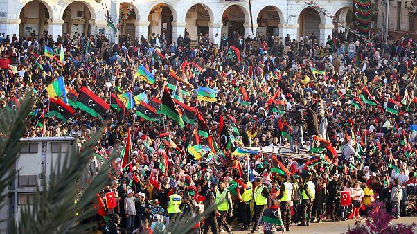 الليبيون يحتفلون بالذكرى التاسعة لثورة 17 فبراير/ نيسان