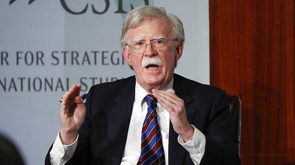 بولتون: آمریکا به صراحت از تغییر حکومت ایران حمایت کند