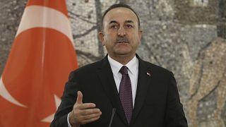 Αυστηρή απάντηση Αθήνας στις δηλώσεις Τσαβούσογλου περί τουρκικής μειονότητας
