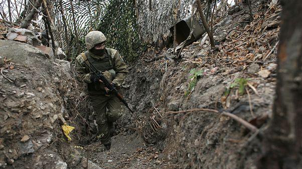 کشته شدن سرباز اوکراینی در گلولهباران دونباس؛ مسکو به اخلال در روند صلح متهم شد