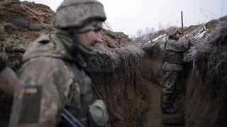Soldier killed as violence flares-up in eastern Ukraine