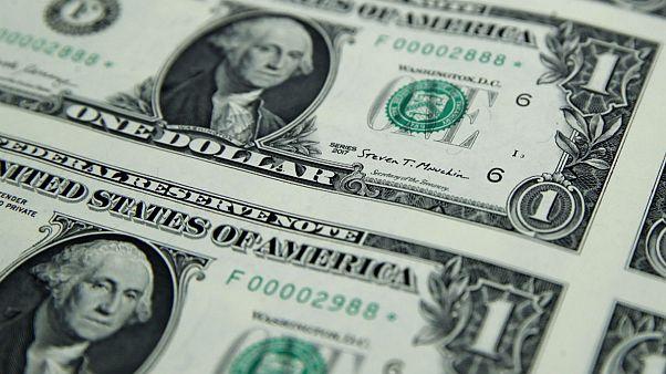 ۴۳ درصد ارز صادرات به ایران بازنگشته؛ صعود دلار به دلیل FATF است یا کسری بودجه دولت؟