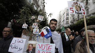 حراك الشارع الجزائري: عندما تمتزج السياسة بالفكاهة