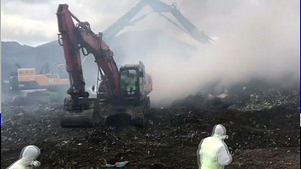 """""""Es kratzt im Hals und stinkt"""": Nach Mülldeponie-Unfall im Baskenland"""