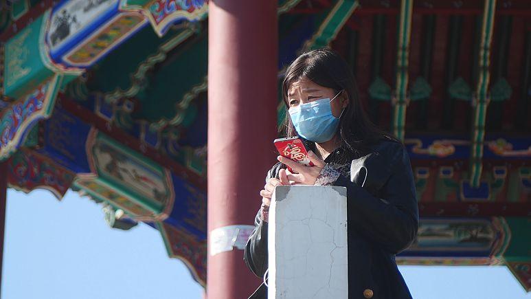 Çin'de koronavirüsten ölenlerin sayısı 2 bini geçti ama yeni vaka sayısı düşüşte