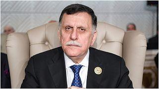 حكومة الوفاق الليبية تعلّق مشاركتها في مفاوضات جنيف بعد قصف ميناء في طرابلس