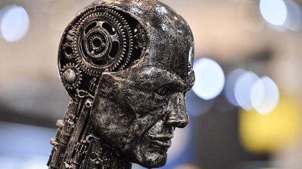 """Parole d'expert : Intelligence artificielle et le risque du """"Big brother"""""""