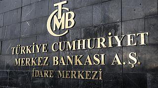 Merkez Bankası gösterge faiz oranını yüzde 11,25'ten yüzde 10,75'e çekti