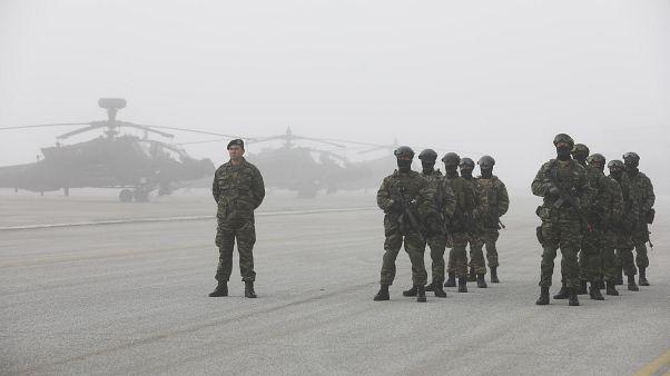 ABD ve Yunanistan'tan dev askeri tatbikat: Gerçek mermi ve saldırı helikopterleri kullanıldı