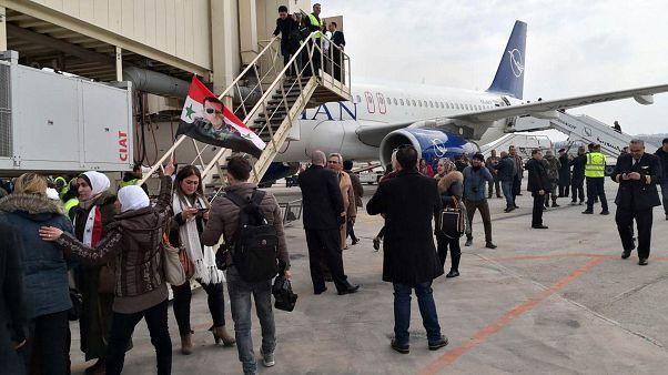 نخستین هواپیمای مسافربری پس از ۸ سال در فرودگاه حلب سوریه به زمین نشست
