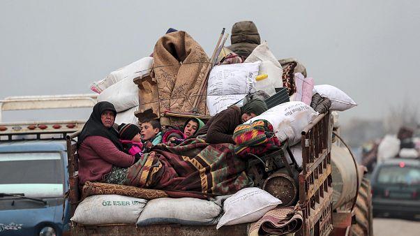 Des Syriens fuient la région d'Idlib, février 2020