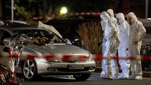 """Merkel: """"el racismo es veneno"""", tras el atentatdo ultraderechista de Hanau"""