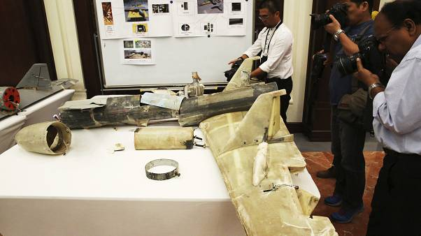 """بقايا طائرة إيرانية من طراز """"قاصيف"""" تم الاستيلاء عليها في اليمن  19/06/2019"""