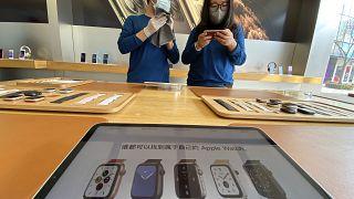 Apple'ın yeni ekonomik telefon modeli SE2'de tedarik sorunu yaşanabileceği iddiası