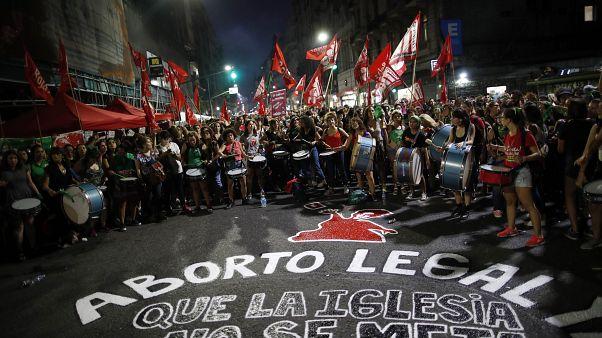 Πράσινο «τσουνάμι» υπέρ των αμβλώσεων στο Μπουένος Άιρες