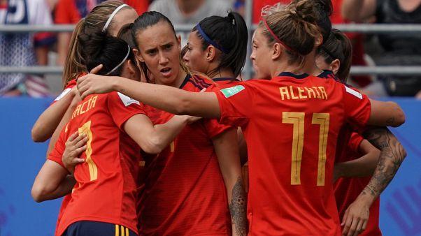 Avrupa'da ilk: İspanya'da kadın futbolcuların özlük hakları ve statüsü için toplu sözleşme imzalandı