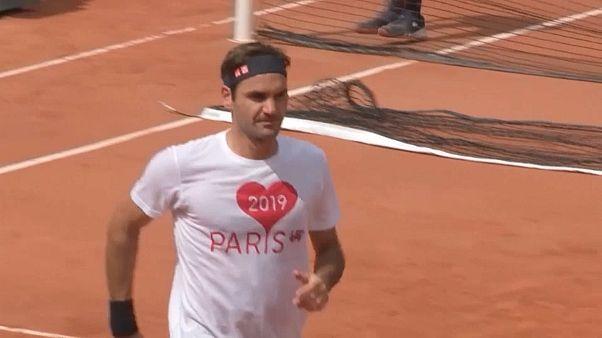 Roger Federer falha Roland Garros