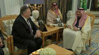 العاهل السعودي سلمان بن عبد العزيز يستقبل وزير الخارجية الأمريكي مايك بومبيو-الرياض 19 فبراير 2020
