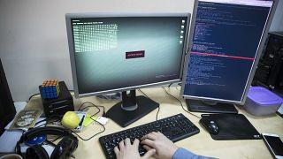 Россия отрицает причастность к масштабным кибератакам в Грузии