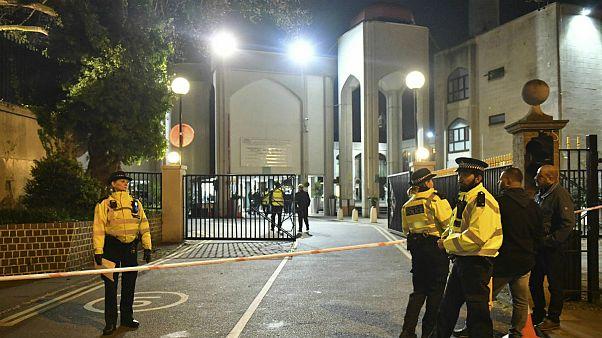 حمله با چاقو به مسجدی در لندن؛ مرد مظنون بازداشت شد