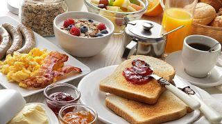 نتایج یک پژوهش: با خوردن صبحانه مفصل دو برابر بیشتر کالری بسوزانید