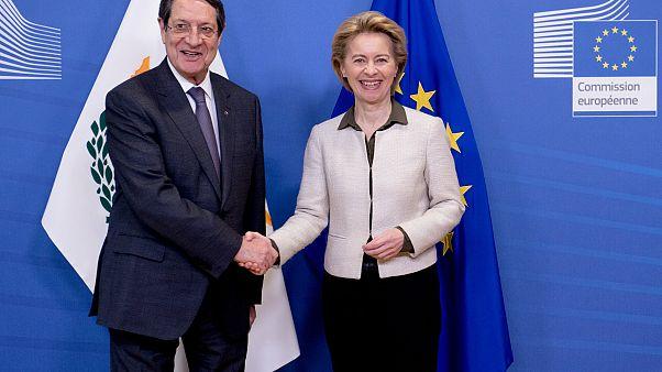 Κυπριακό, Τουρκία και χαλούμι στο επίκεντρο της συνάντησης Αναστασιάδη-φον ντερ Λάιεν