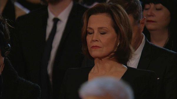 Sigourney Weaver bei der Schweigeminute