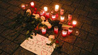 Homenagens às vítimas de ataque racista de Hanau